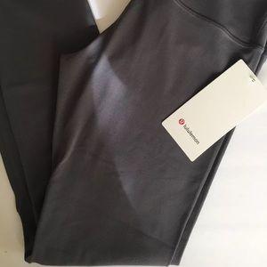 NWT Lululemon Align 7/8 Pant Size 6 Titanium Gray